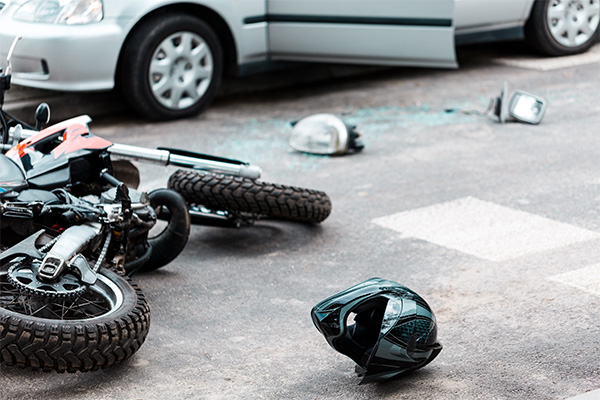 motorcycle-accident-and-injury-with-automobile